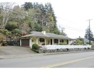 524 10th Coos Bay OR, 97420