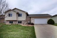 3917 S Stanford Ave Sioux Falls SD, 57106