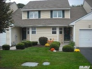 33 Blueberry C 33 Riverhead NY, 11901