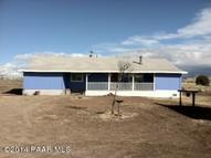 21975 N Windy Hill Lane Paulden AZ, 86334