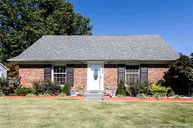 1526 Cliftwood Dr Clarksville IN, 47129