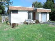 29 Geer Cir Port Orford OR, 97465