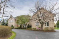 28 Copperfield Drive Hawthorn Woods IL, 60047