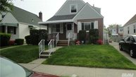 83-46 263rd St Floral Park NY, 11004
