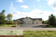 4444 Glenwood Drive Bismarck ND, 58504
