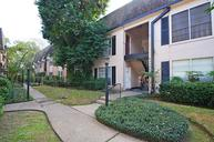 1807 Stoney Brook Dr 62 Houston TX, 77063