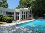 6 Norman Place Armonk NY, 10504