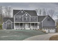 26 Harvest Dr Derry NH, 03038