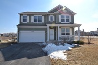 1076 Holly Dr Antioch IL, 60002