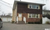 610 Old Country Rd Plainview NY, 11803