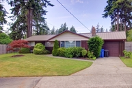 1468 Ne 10th Ave Oak Harbor WA, 98277