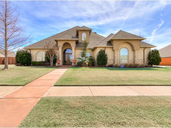 1304 Willow Bend Moore OK, 73160