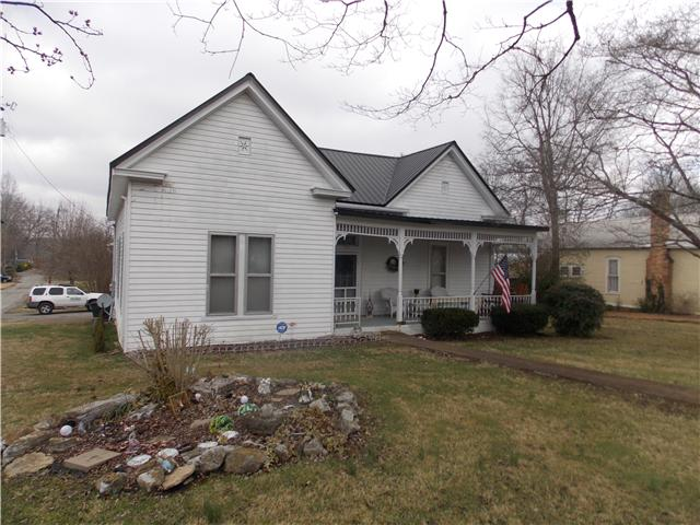 108 Perry St Centerville TN, 37033