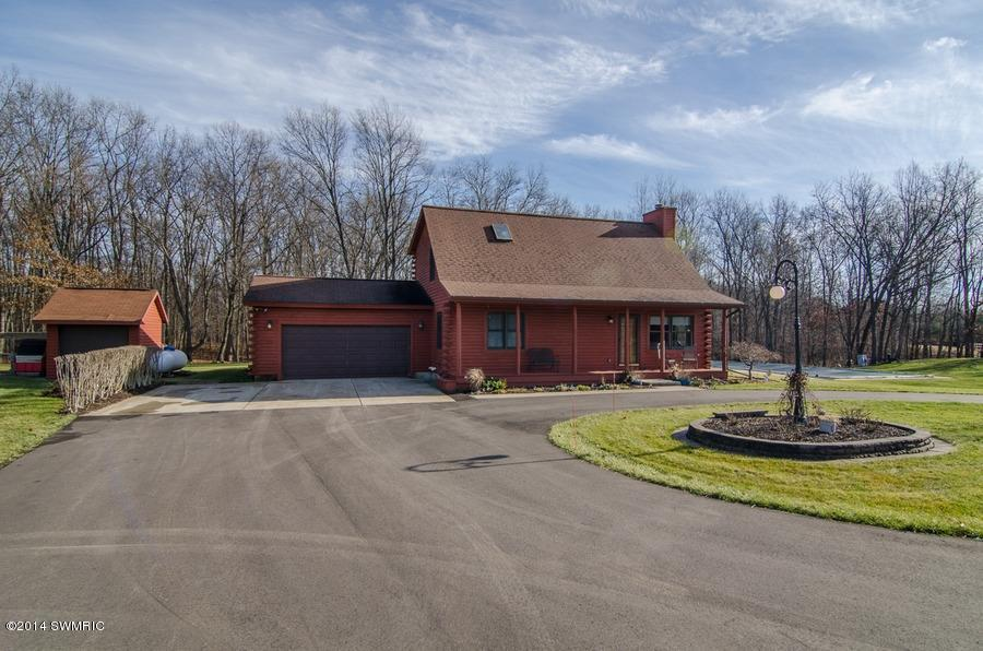 68702 Deer Path Lane Niles MI, 49120